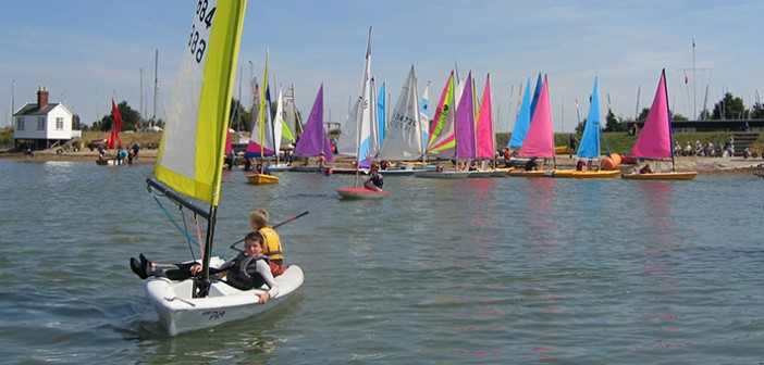 Learn to sail in Essex