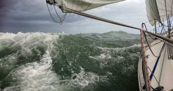 Woozles Win East Coast Offshore Series
